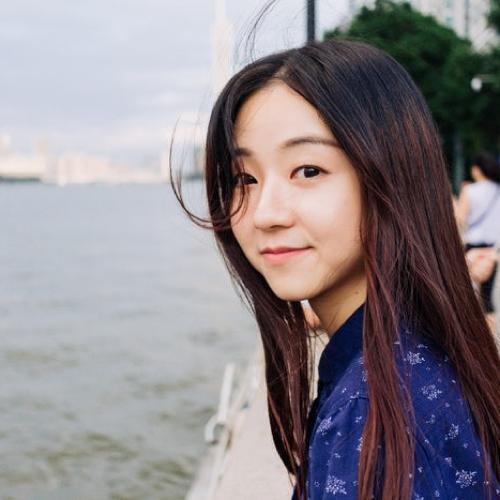 Paris L Profile Photo